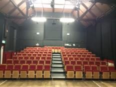 bear pit theatre auditorium